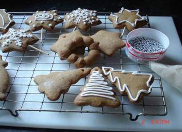 Christmas Ginger Biscuits